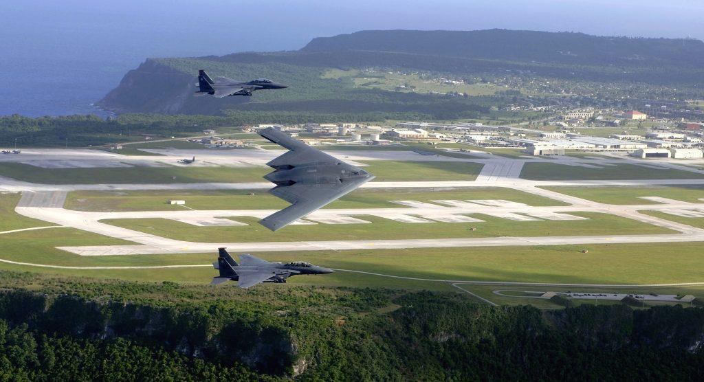 A pesar de que bases como la de Andersen, en la isla de Guam, seguirán siendo utilizadas durante décadas, la futura RM permitirá reducir su importancia. Foto - USAF
