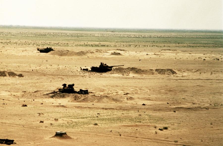El objetivo Merrell, a unos 75 km de la línea de partida inicial, fue totalmente destruido por un escuadrón de aviones A-10