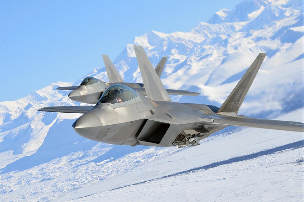 F-22A Raptor sobre Alaska