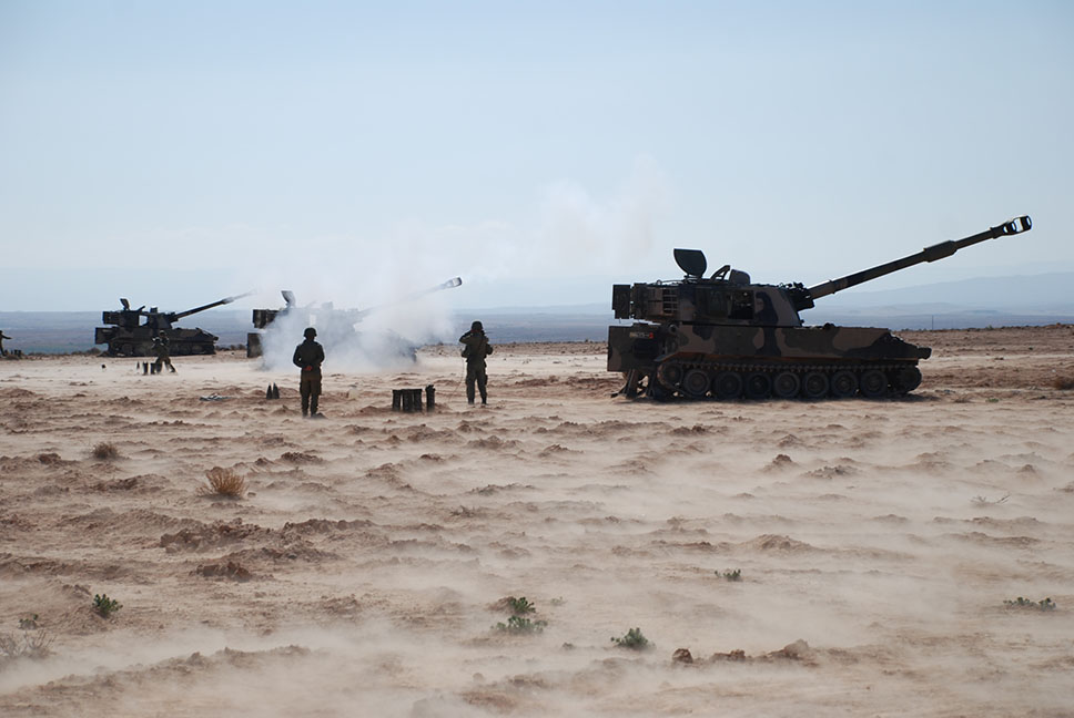 Batería de tres M-109A5 marroquíes