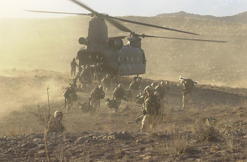 La Operación Anaconda fue posible, entre otras cosas, gracias al riesgo asumido por los pilotos de los Chinook y Black Hawk