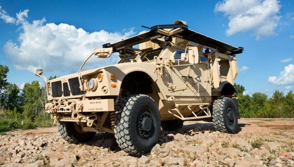 """""""Trophy UltraLigero"""" o """"ASTRO-A-LU"""" montado en un """"M-ATV"""" norteamericano."""