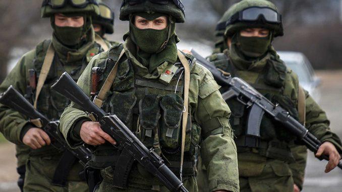 """Los """"hombrecillos verdes"""" son la cara más conocida de la intervención rusa en Crimea y un modelo de las tácticas propias de la """"Zona Gris"""""""