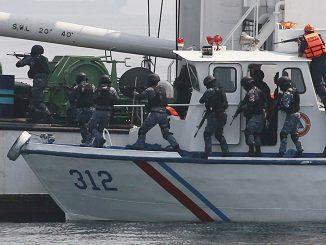 El fortalecimiento de las guardias costeras, los ejercicios constantes y el establecimiento de patrullas conjuntas ha sido clave en la reducción de los actos de piratería que se ha venido dando en los últimos años en el Sudeste Asiático
