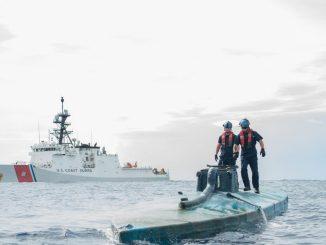 La guardia costera norteamericana intercepta un narco submarino en septiembre de 2016 en el Pacífico frente a la costa centroamericana
